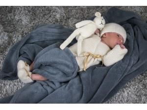 Garde robe en cachemire pour bébé. Bulle de douceur