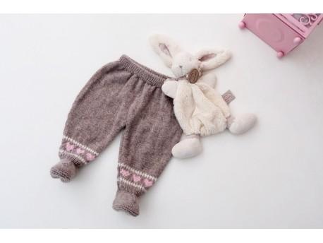 Bulle Norvégienne. Garde robe en cachemire pour bébé.